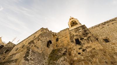 20141225-bethlehem-separationbarrier-blog-churchnativity-07270