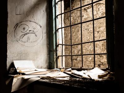 150501-sheki-abandoned-childrens-hospital-blog-coverphoto-2